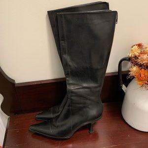 Aldo black heeled boots. Size 6